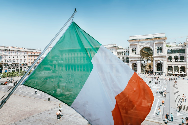 CONSOB Regulatory Entity Italian Flag