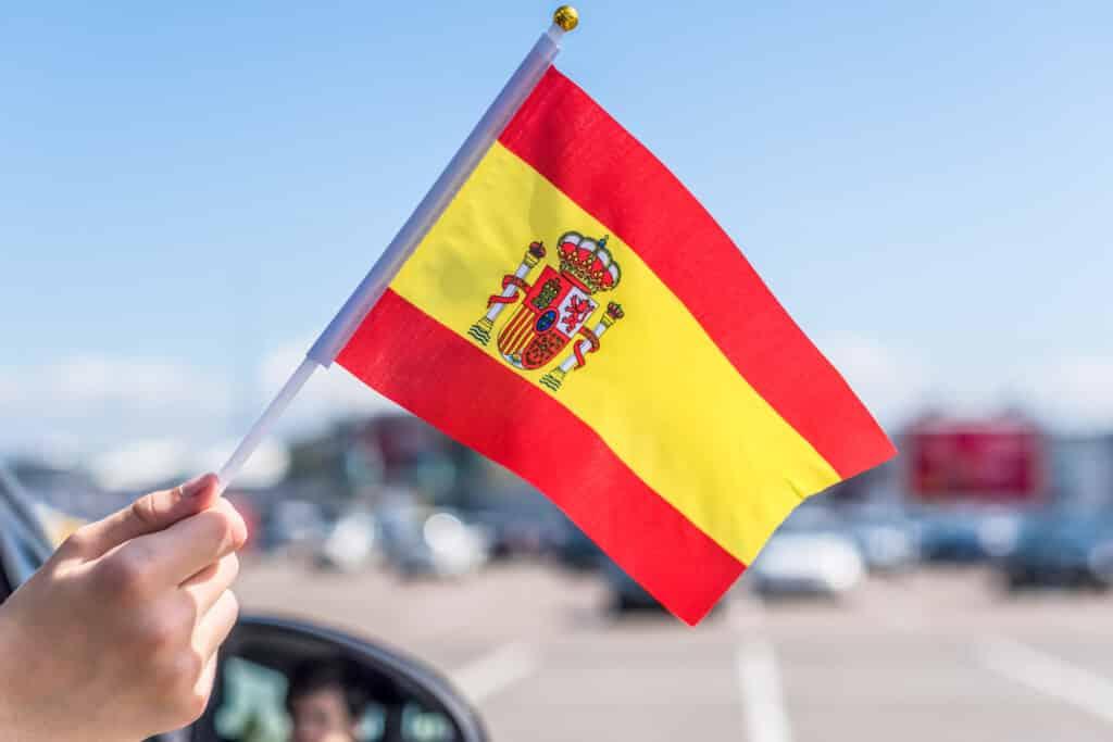 CNMV-Regulatory-Entity-Spanish-Flag